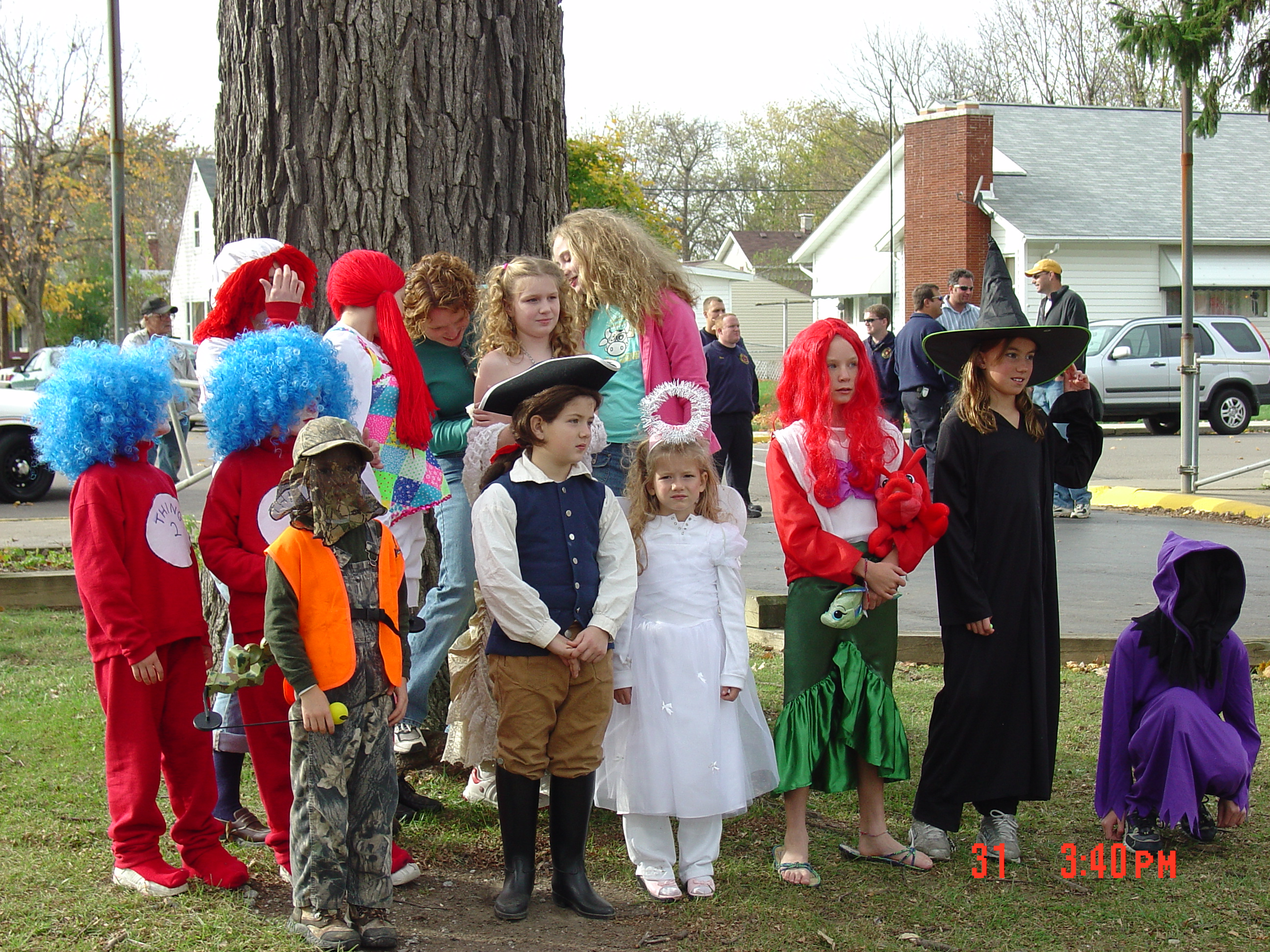 trick or treat parade from 2004 01