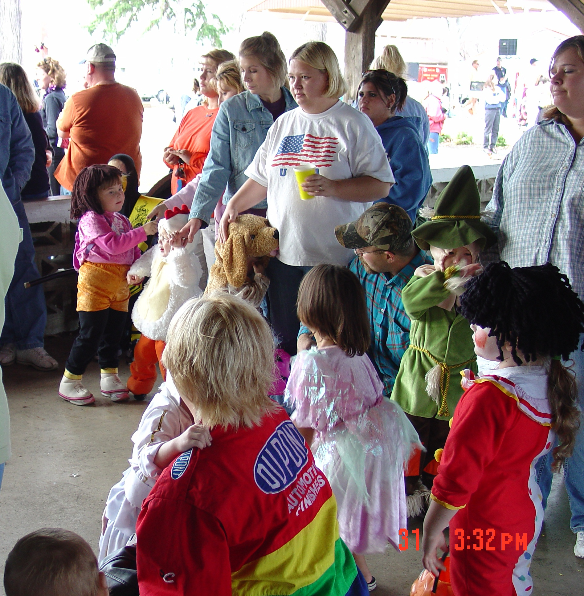 trick or treat parade from 2004 06
