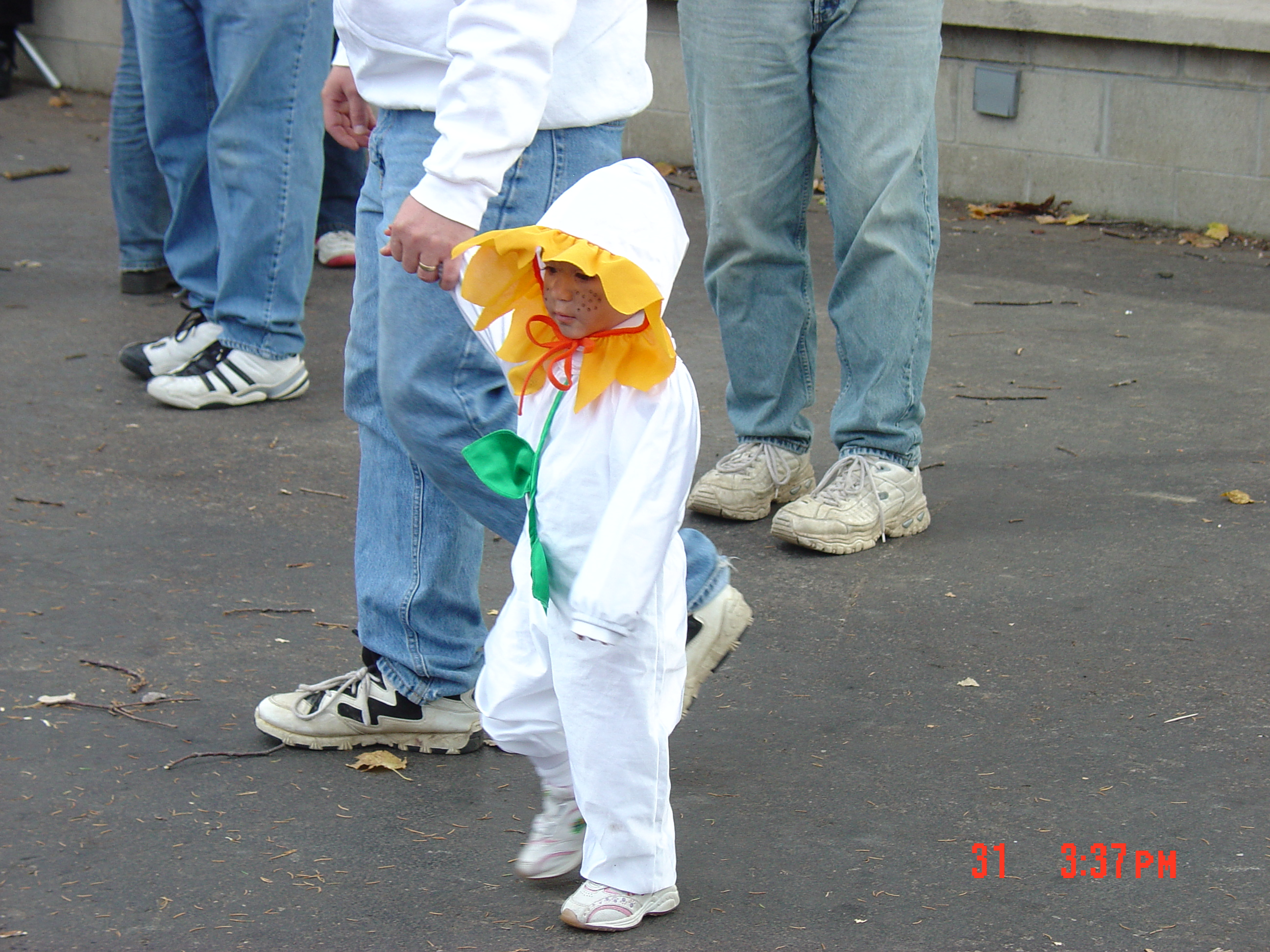 trick or treat parade from 2004 34